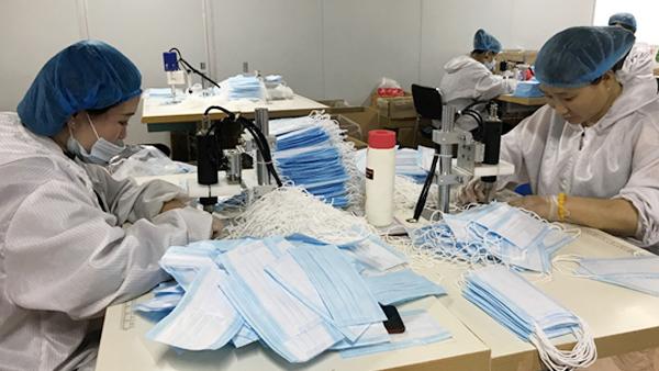 """抗""""疫""""未止!赤峰昭乌达羊绒扩大口罩生产,日产20万只!"""