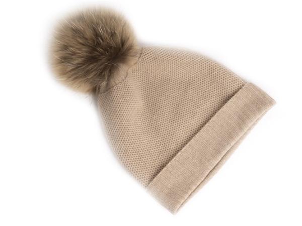 昭乌达羊绒羊绒配饰代加工合作案例:韩国客户