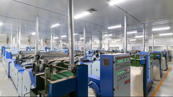 羊绒衫生产厂家说的羊绒分梳是什么工序?所有厂家都有吗?