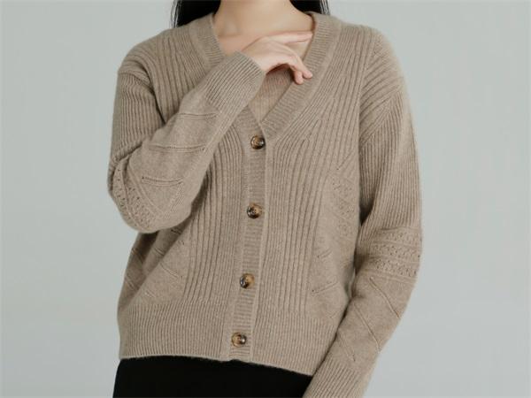 黑龙江女装店做羊绒衫定制选择赤峰昭乌达羊绒