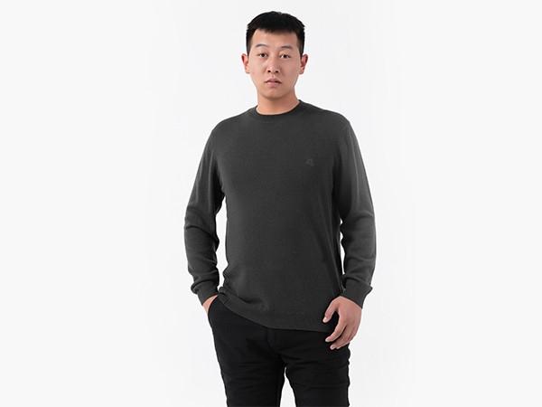 男圆领套衫